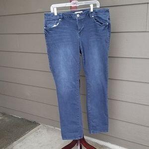 CAbi Slim Boyfriend Jeans 3191